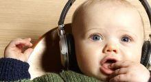 Muzica îi ajută pe bebeluși să învețe să vorbească (studiu)