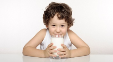 kids-and-milk-lactose-intolerance-raw-milk-and-kids-nutrition-575x252 rs