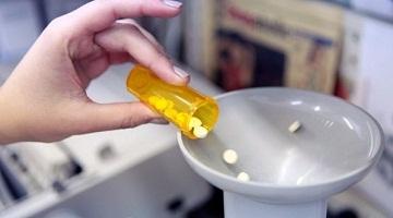 Ministrul Cadariu anunță că săptămâna aceasta va fi publicat Catalogul Prețurilor la Medicamente